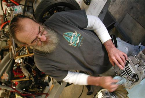 Dr. Willie came over to assist with shock assembly and work on the Salt Shaker Panhead.