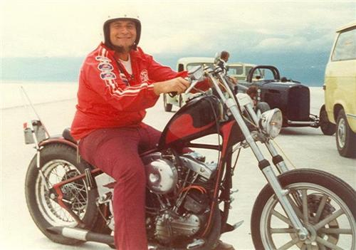 Bob help bikers all over the LA area building engines and choppers. Hell he taught Bandit how to rebuild engines in 1970.
