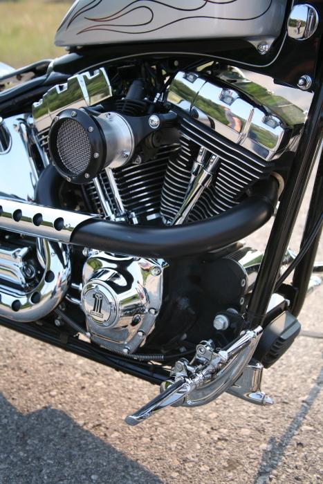 Hamsters Motorcycle Club >> RNR Customs Canadian Streetable Softail
