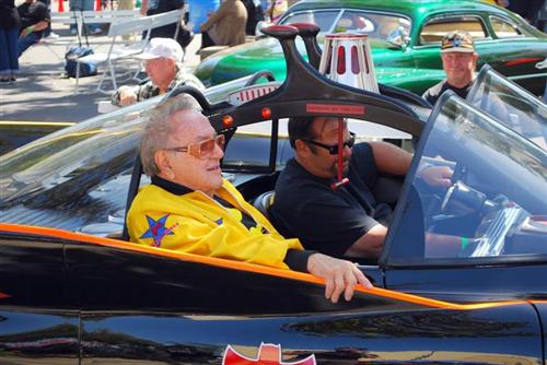 Talk about codger's, here's George Barris at a car meet. The Arlen Ness of car builders.