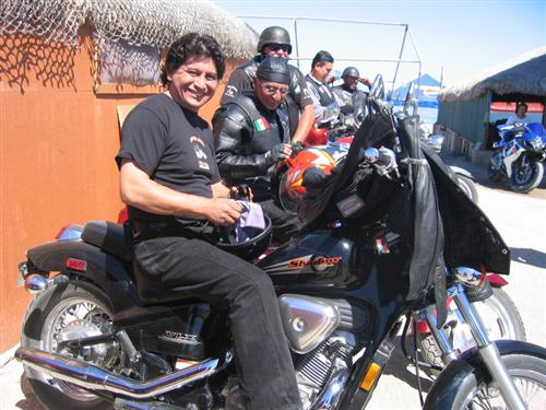 La Paz - another biker club