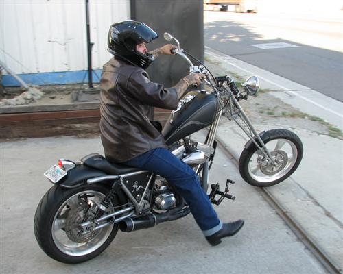 Franky rode the mudflap girl FXR to Born Free. Ran like a top. Evos rule.
