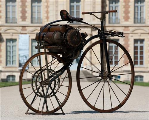 Michaux-Perreaux steam velocipede1871Collection: Department of Hauts-de-Seine / Museum of the Departmental Domain of Sceaux / Photograph: OlivierRavoire