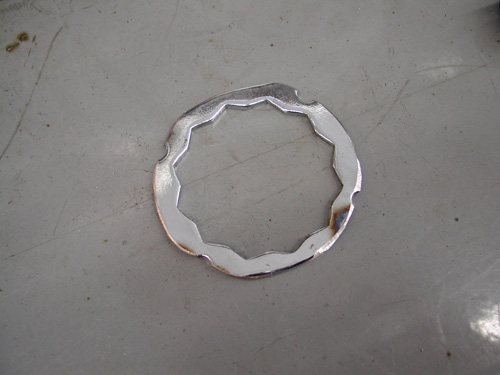 8 maiking tranny sprocket retainer