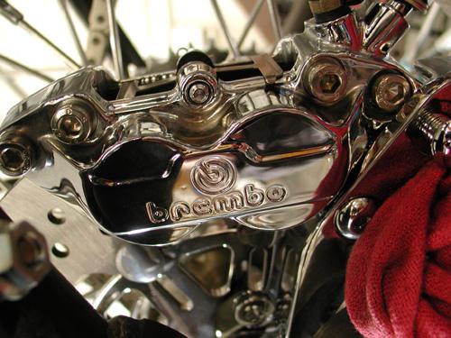 25 rear brembo caliper
