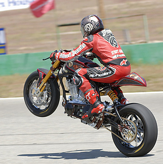 Sands Takes Down Rooke In 2006 Discovery Biker Build Off