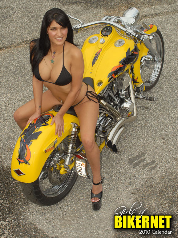 sturgis motorcycle rally girls title=